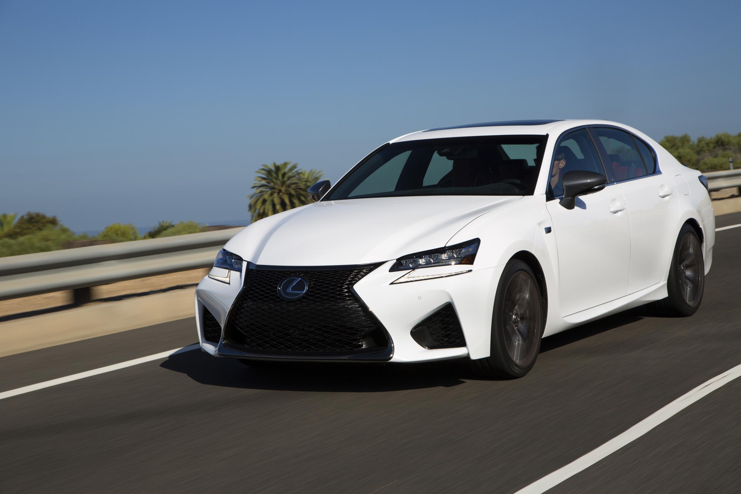 Lexus brings class to the automobile world • Carfanatics Blog