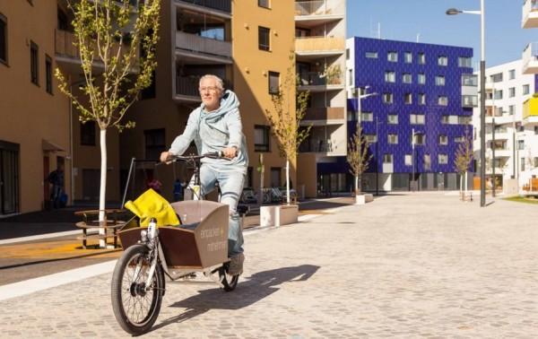 Vélib' Cargos ?ait du vélo sur la terre battue d'un terrain de tennis mythique ? Traversé un centre chorégraphique ou visité un musée à vélo ?