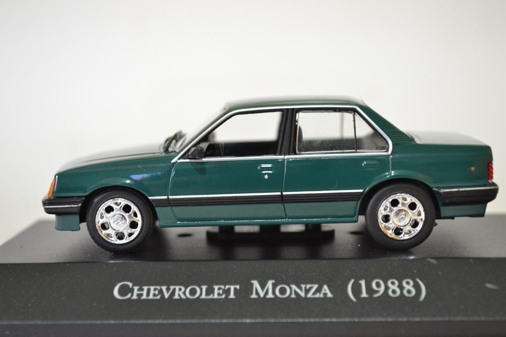 Chevrolet-Monza-1988_1