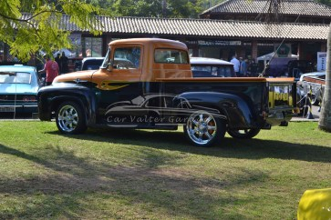 Ford F100 Customizada