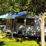 camping-caravaning-slide