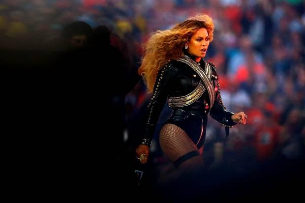 How Beyoncé Stole The Super Bowl Half Time Show
