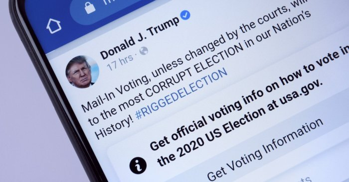 Facebook bans Trump 'indefinitely'