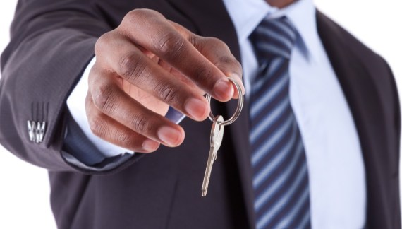 Why Become a Real Estate Agent Now?