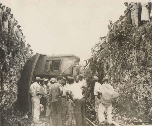 kendal-train-crash-national-library-of-jamaica1