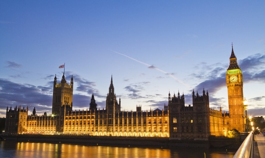 Brexit Bill Clears First Parliamentary Hurdle