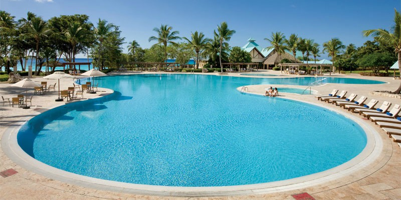 Discover Dreams La Romana with Caribbean Warehouse at https://caribbeanwarehouse.co.uk/holidays/dominican-republic/punta-cana/dreams-la-romana-resort-spa?blg
