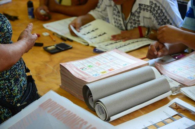 Surgen más irregularidades en torno a las elecciones