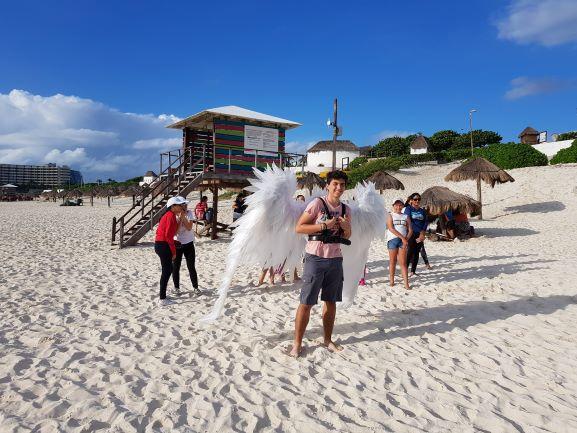 """Preparan la """"Mega Pastorela"""" en playa de la zona hotelera de Cancún"""