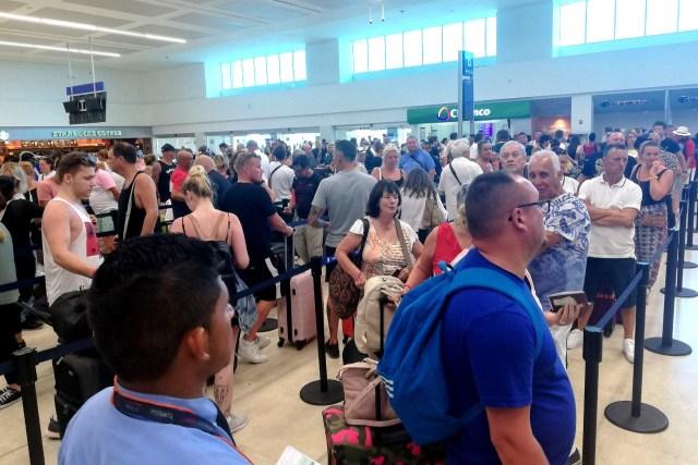 Siguen protocolos en aeropuertos de Quintana Roo para manejo de enfermedades epidemiológicas, sin ningún caso hasta el momento