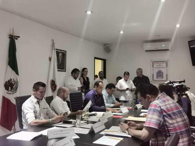 Aprueban diputados eliminar cobro por uso de contenedores en Cancún