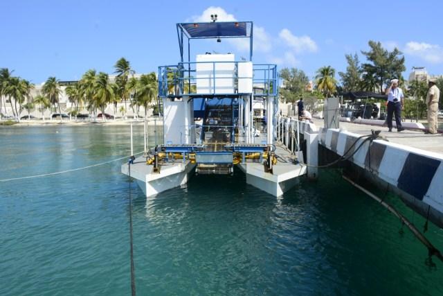"""Arriba a Quintana Roo el buque sargacero costero ARM """"Fluitans"""" (BSC-201)"""