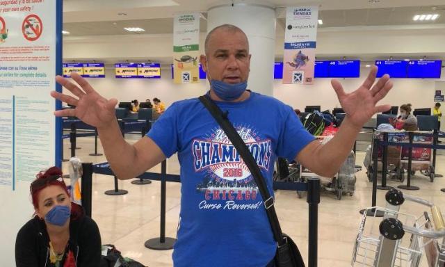 Cubanos varados en Cancún por un conflicto de pagos entre la agencia de viajes y la aerolínea