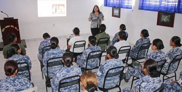 Sedena imparte conferencia para evitar violencia contra mujeres en Cozumel