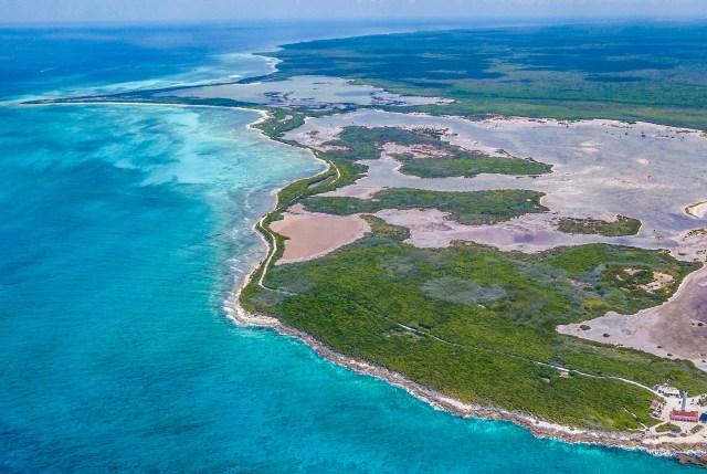Quintana Roo asegura sus playas y arrecifes de coral contra huracanes de categoría 3