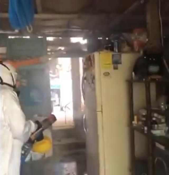 Ciudadanos de Chetumal apoyan en la limpieza de casas