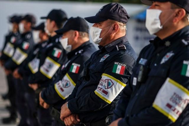 Inician patrullajes en Cancún la primera policía de reacción COVID-19 en México