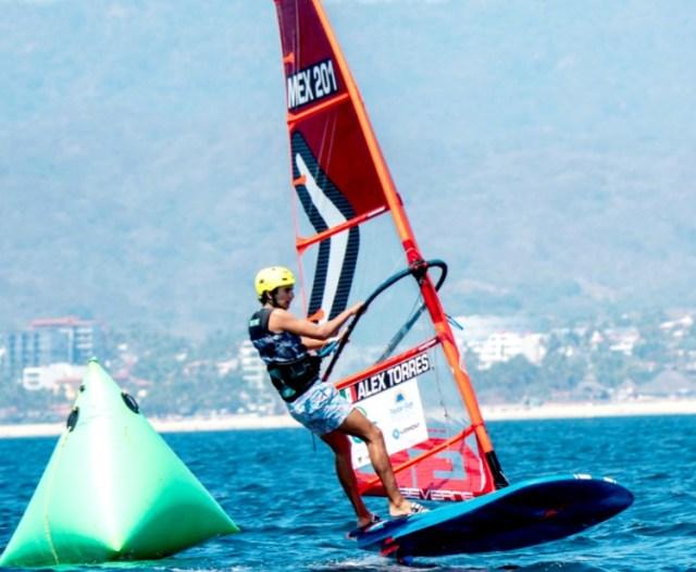 El velerista Alex Torres Rinaldelli, disputará en Holanda el pase al Panamericano Juvenil