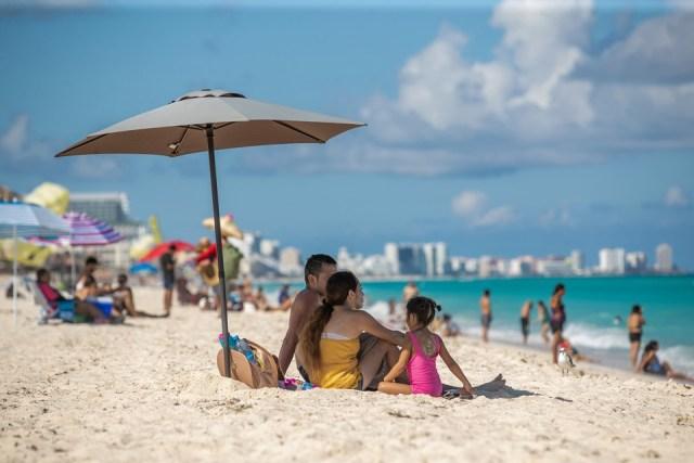 Corredor Cancún-Riviera Maya recibirá más de 600,000 turistas en las próximas dos semanas