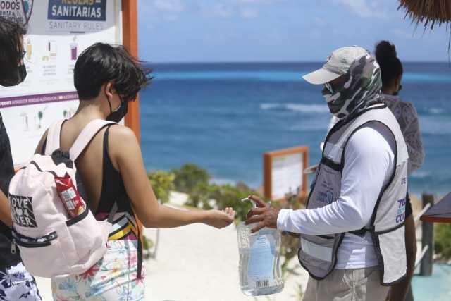 """Vuelve a la normalidad Cancún tras paso de """"Grace"""""""