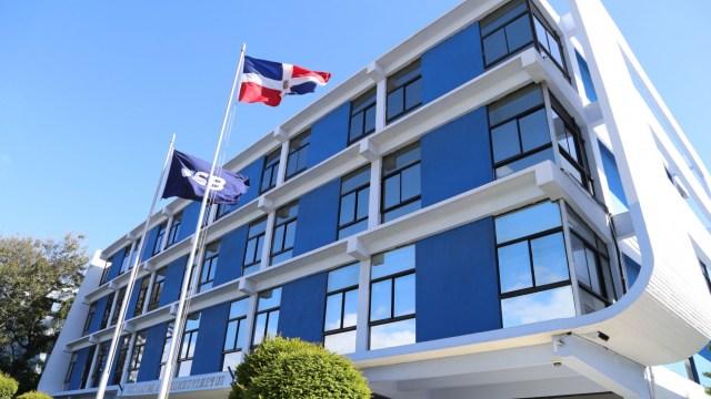 Mejora el desempeño financiero de la República Dominicana