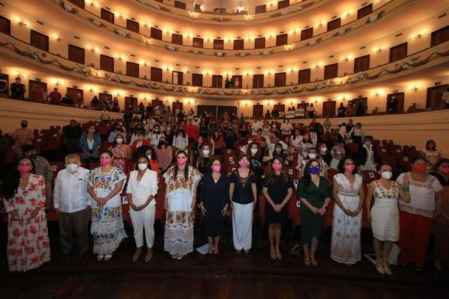 Inicia el Congreso Mujeres Políticas Yucatán 2021.