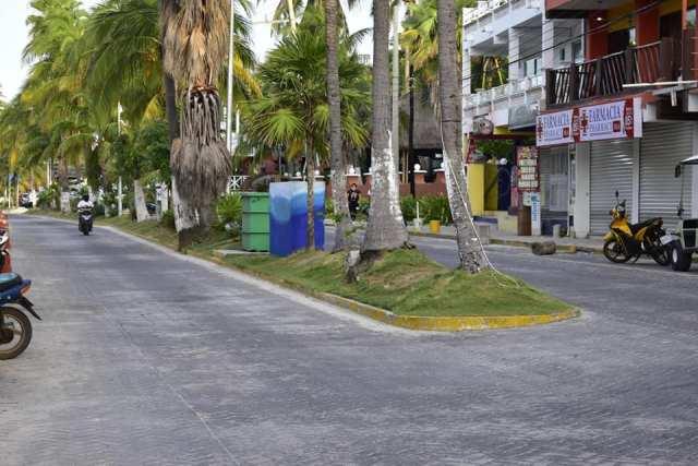 Invierten primeros días de gobierno en mejorar imagen urbana en Isla Mujeres