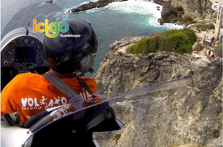 idees-cadeau-voyageur-originale-caraibexpat-14-survoler-pointe-chateau-guadeloupe-gyrocoptere