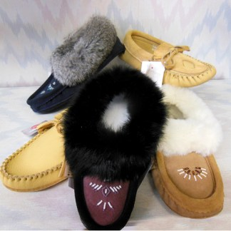 Moccasins/Slippers