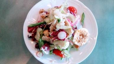 Salade nicoise un po di pui