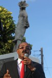 pm-address-with-king-court-statue-in-back
