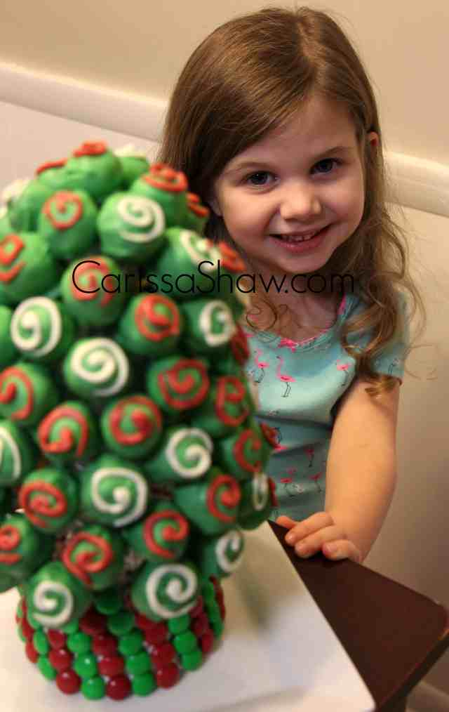 OREO-Cookie-Balls-Christmas-Tree-11