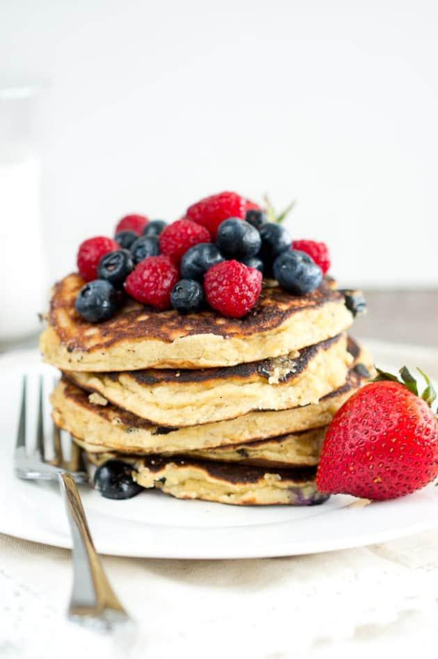paleo-banana-pancakes-4