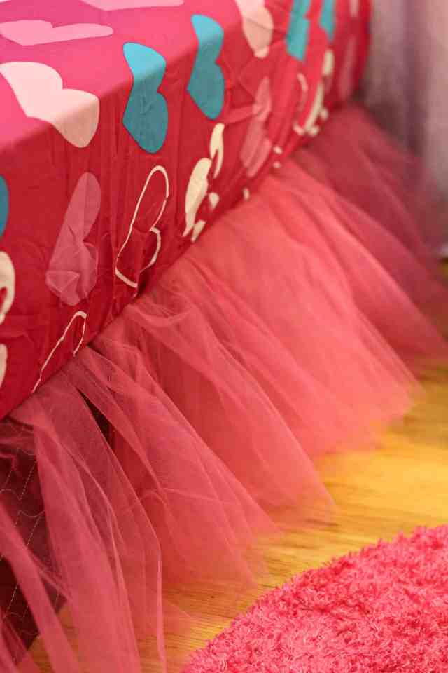 No-Sew Tutu Bed Skirt 5