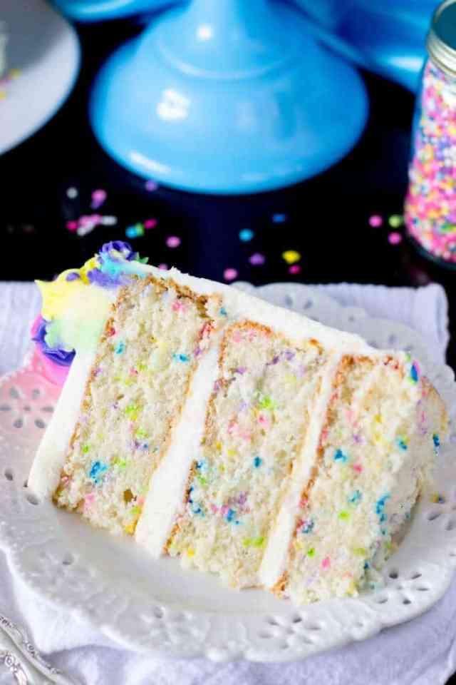 funfetti-cake-1-of-1-14-683×1024