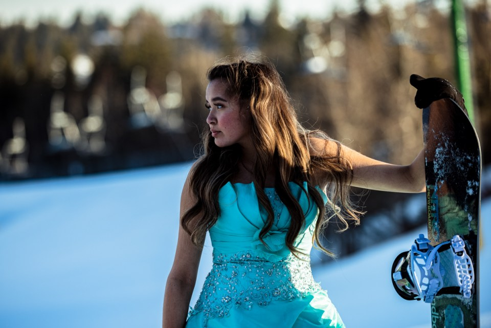 Edmonton Graduation Photo Session Snowboarding