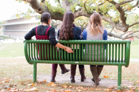 autumn-campus-girls-23