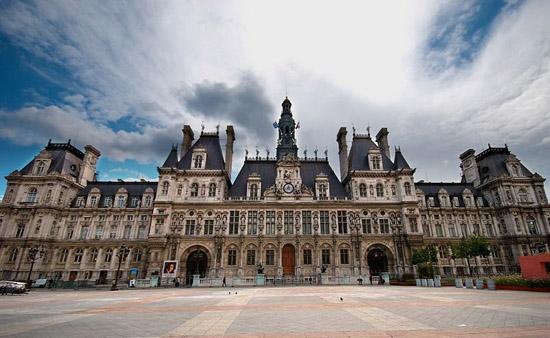 Infiltration verte à l'Hôtel de Ville de Paris