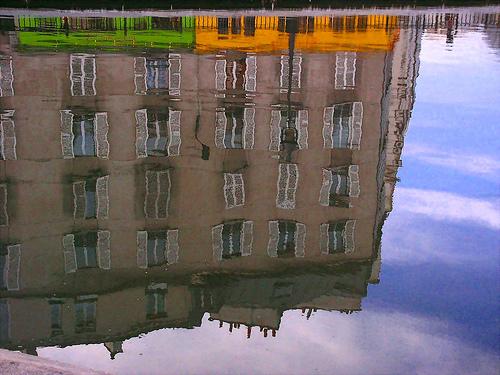 Réflexion dans le canal