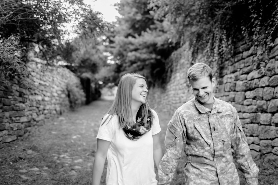 15A-Downtown-Fredericksburg-Virginia-Engagement-Stephen-Ashlee-1033