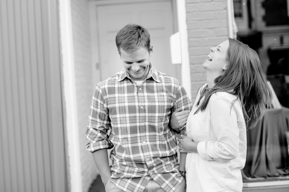 33A-Downtown-Fredericksburg-Virginia-Engagement-Stephen-Ashlee-1064