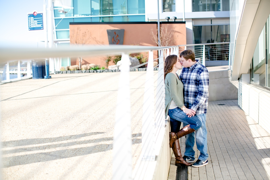 11A-National-Harbor-Engagement-Session-Brittany-Josh4622