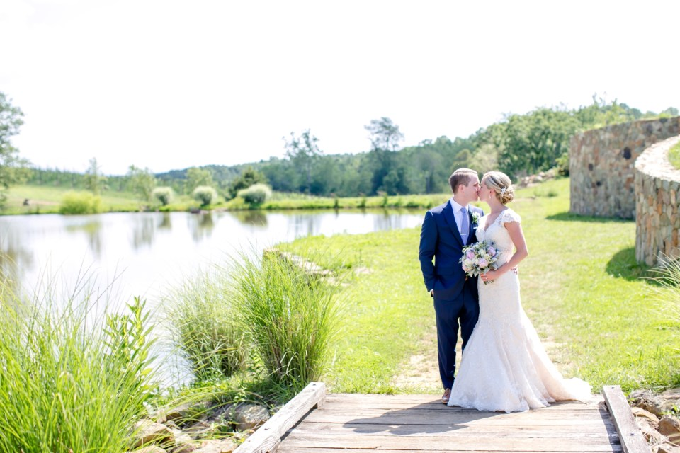 19A-Stone-Tower-Winery-Summer-Wedding-GG-1079