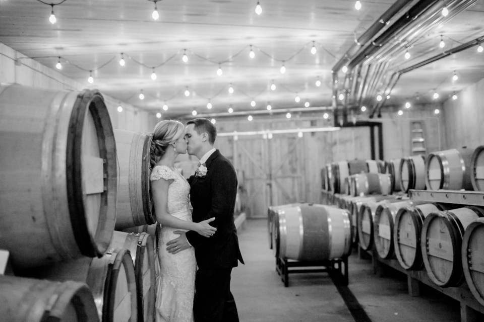 28A-Stone-Tower-Winery-Summer-Wedding-GG-1259