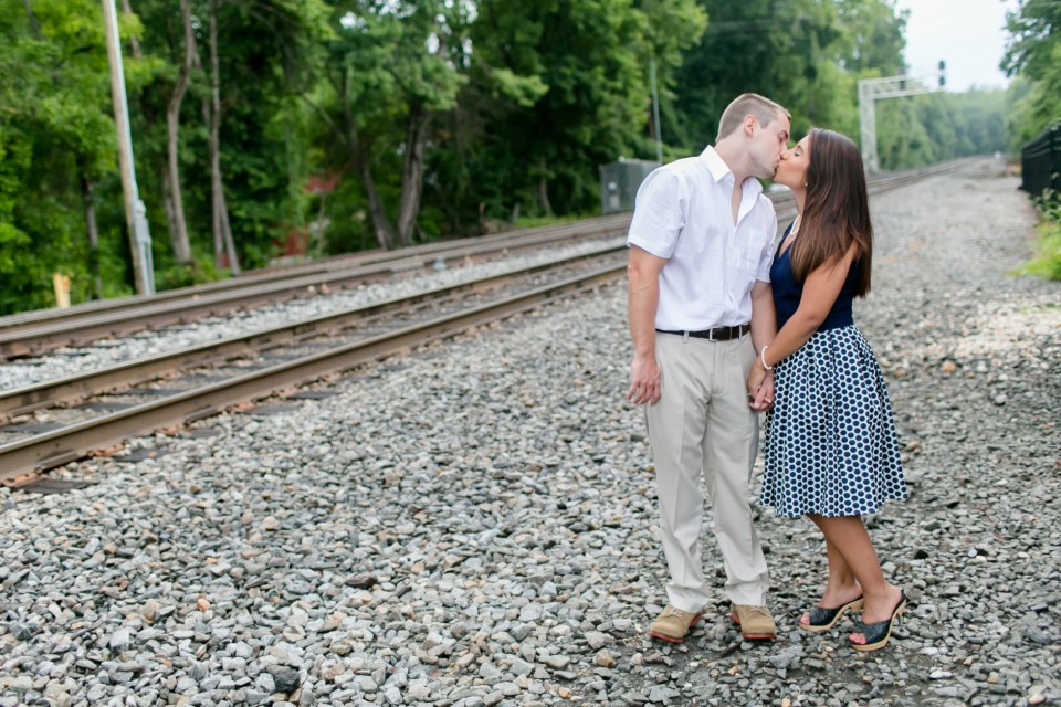 22A-Downtown-Clifton-Virginia-Engagement-Session-3059