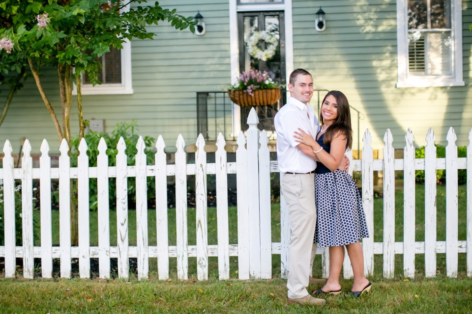 27A-Downtown-Clifton-Virginia-Engagement-Session-3068