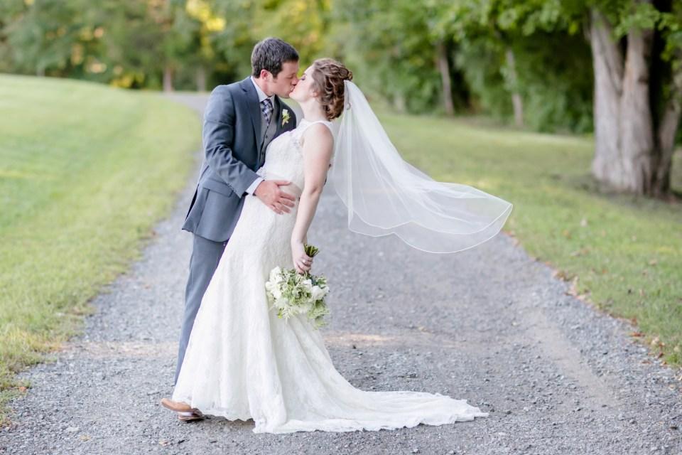 33a-stevenson-ridge-wedding-rustic-kaitlin-parker-1105