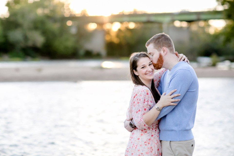 30downtown-fredericksburg-virginia-engagement-session-sarah-and-russell-1057