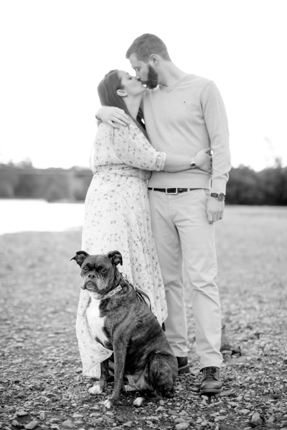 34downtown-fredericksburg-virginia-engagement-session-sarah-and-russell-1067