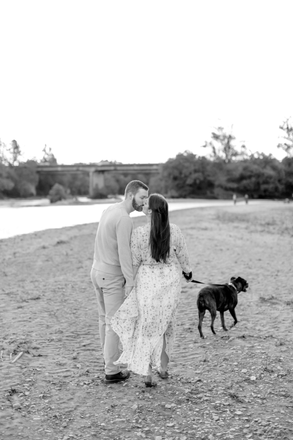 downtown-fredericksburg-virginia-engagement-session-sarah-and-russell-1079